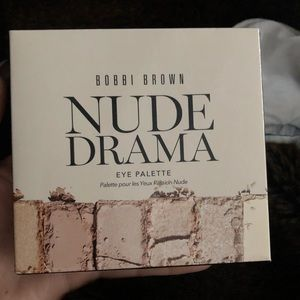 Never opened! Bobbi brown nude drama eye palette